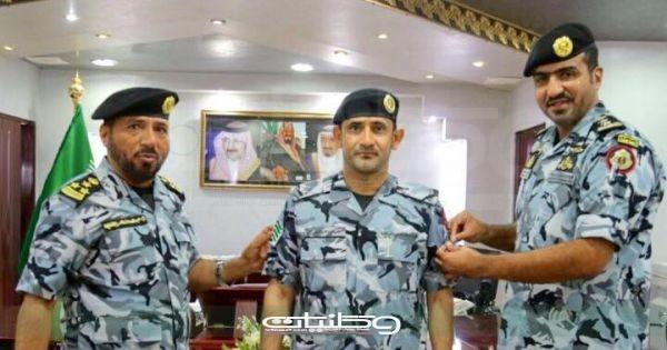 قائد القوات الخاصة لأمن الحج والعمرة يُقلد الرقيب الزهراني رُتبته الجديدة