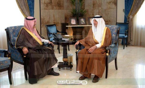 مستشار خادم الحرمين الشريفين أمير مكة المكرمة يستقبل وزير الشؤون البلدية