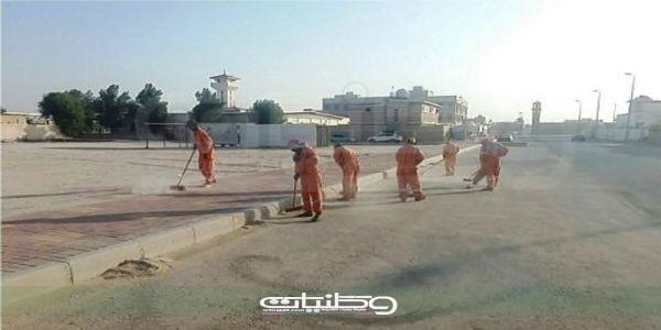 بلدية الخفجي تنفذ حملة نظافة واسعة على الأحياء