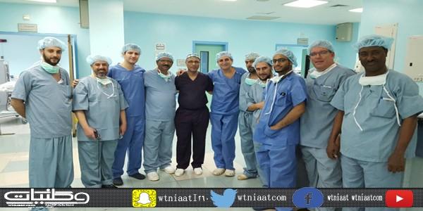 بروفيسور فرنسي يجري عمليات جراحية للسمنة بمستشفى #صبيا العام