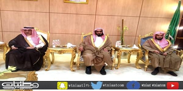 """بحضور """"آل حموض"""" منسوبو محكمة بارق يودعون """"النحيلي"""" قاضي محكمة #بارق السابق"""