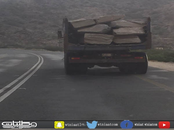 أهالي قُرى ثلوث المنظر :مرور #بارق أنقذوا أرواح سالكي طريق وادي بقرة