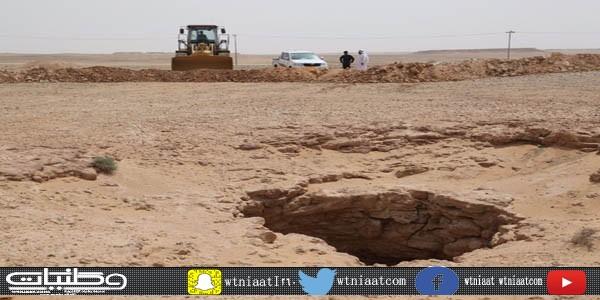 بالصور- بلدية #طلعة_التمياط تضع سواتر ترابية وعلامات عاكسة مؤقتة للحد من مخاطر الدحول