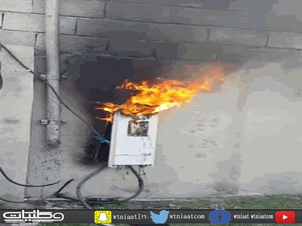 مواطن شمال ثلوث المنظر يوثق أحتراق عداد كهرباء منزله
