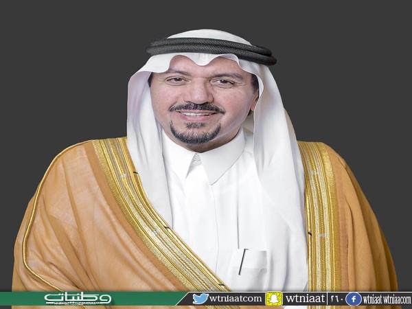 أمير القصيم يبارك للعبيدان الفائز بالمركز الأول بجائزة الملك عبدالعزيز الدولية لحفظ القرآن