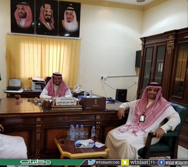 محافظ #بارق يستقبل مدير فرع الإسكان في عسير