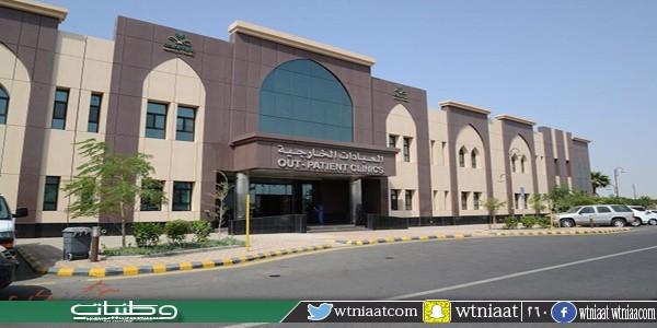 إجراء أول عملية تغيير لمفصلي الركبتين معاً في مستشفى شرق #جدة
