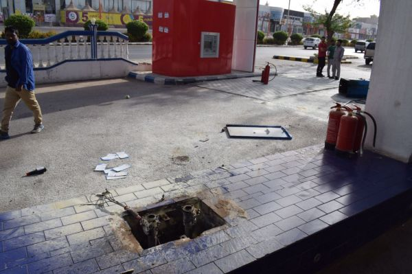 مدني #بريدة يخمد حريق محدود بمضخة محطة محروقات بطريق الملك عبدالعزيز