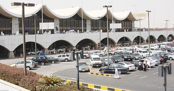 الخطوط السعودية توضح اسباب الهبوط الإظطراري لطائرة الخطوط في #جدة