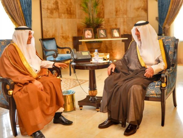 """أمير مكة المكرمة يستقبل رئيس القطاع الغربي السابق بـ""""السعودية للكهرباء"""" ويُثمن جُهوده في تطوير المنظومة الكهربائية"""