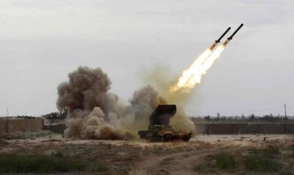 قوات الدفاع الجوي الملكي السعودي تعترض صاروخا باليستيا أطلقته المليشيا الحوثية في سماء نجران