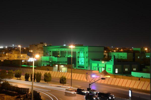 شاهد شرطة القصيم تتوشح اللون الأخضر في إحتفال #اليوم_الوطني_88