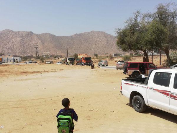 #بارق أهالي وادي الخير من يحمي أبنائنا من خطر شاحنات الرمال