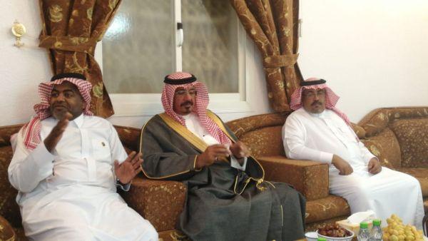 """بحضور سمو الأمير ناصر بن عبدالرحمن  """"الشهري"""" يُكرم فريق سندكم في #تنومة"""