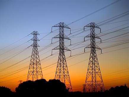 أهالي #بارق والمراكز التابعة لها يشتكون من إنقطاعات التيار الكهربائي المتكرر