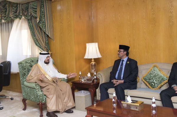 وكيل إمارة الجوف يستقبل سفير إندونيسيا لدى المملكة