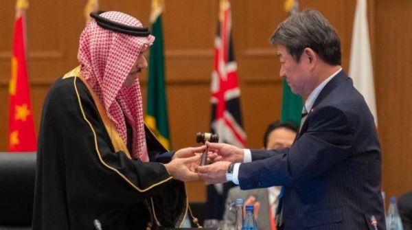 #السعودية تتسلم رئاسة قمة مجموعة العشرين لمدة عام