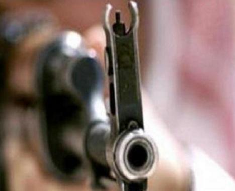 شاب يطلق النار على مركبة نقل طالبات بالدمام ليقتل شقيقته ويصيب زميلتها