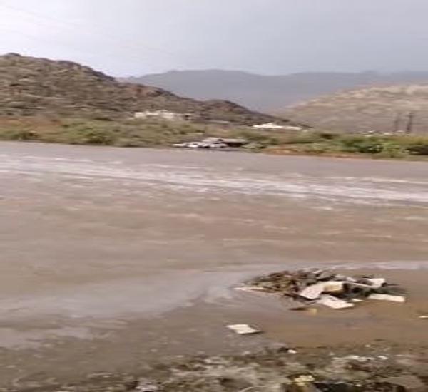 #بارق -فيديو - سيول وادي الخير تعزل عددًا من المنازل ومُطالبات بحلول عاجلة