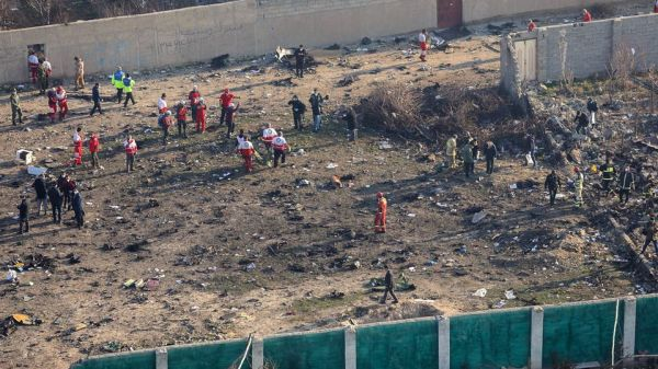 مسؤول أمني إيراني 3 صواريخ إصابت الطائرة الأوكرانية وليس 2