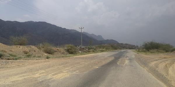 طريق #بارق جمعة ربيعة  عشرة أعوام بين تعثر المشروع ومُطالبات الأهالي