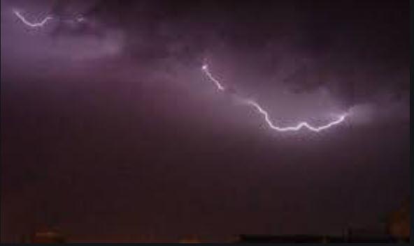 وميض البرق وصوت الرعد يختبران #كهرباء_المنطقة_الجنوبية
