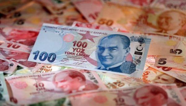 الليرة التركية تتراجع لمستوى منخفض غير مسبوق مقابل الدولار