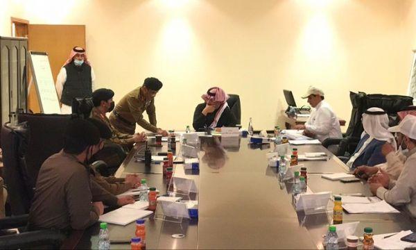 سمو أمير عسير يستعرض خطة إخماد حريق جبل غُلامه في #تنومة