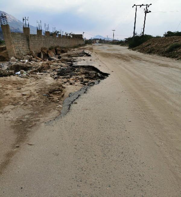 السيول تجرف طريق #تنومة ثلوث المنظر والأهالي يُجددون مُطالباتهم