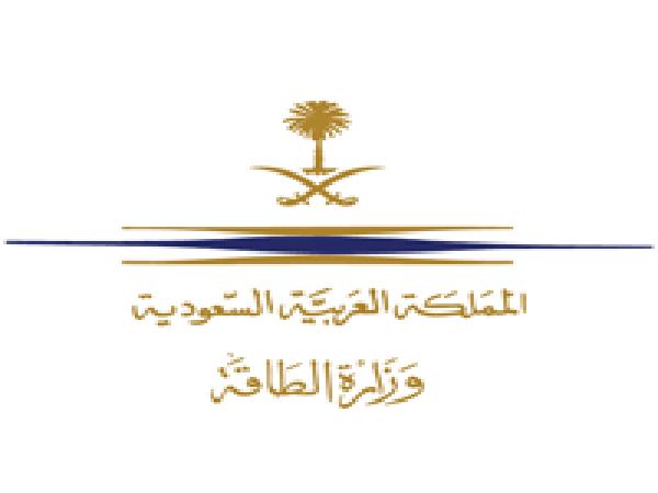 #وزارة_الطاقة فرق الإطفاء تُخمد حريق محطة توزيع المنتجات البترولية في #جدة