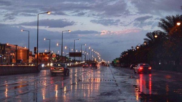 #الرياض في مرمى الأمطار الرعدية تسمتر حتى فجر غدًا