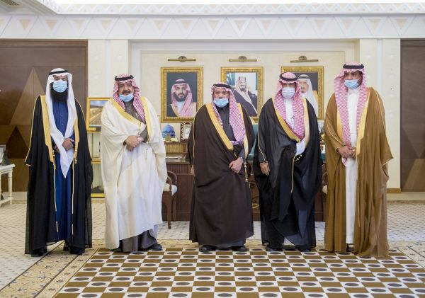 سمو أمير القصيم يستقبل مدير ميدان الهجن بالمنطقة