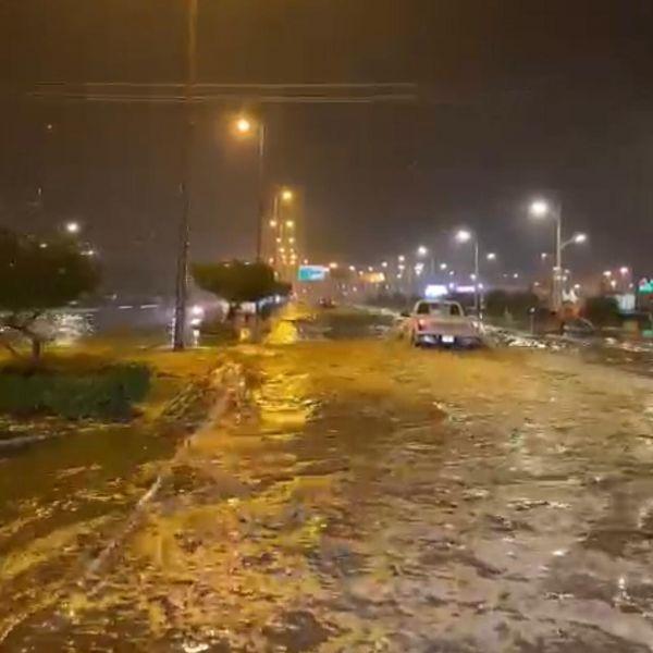 """عدسة """"وطنيات """" ترصد الأمطار التي شهدتها البكيرية مساء الأثنين"""