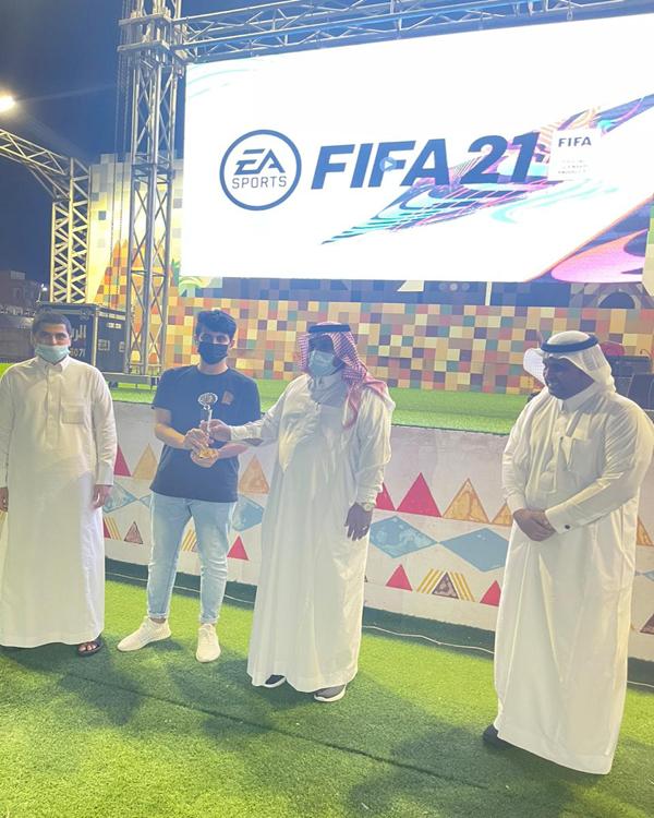نادر الشهري يخطف لقب بطل بطولة FIFA21 في فعاليات #مهرجان_المجاردة