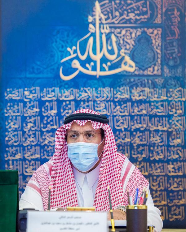 سمو أمير القصيم يوجه بعدم التهاون في تطبيق الإجراءات الاحترازية الوقائية