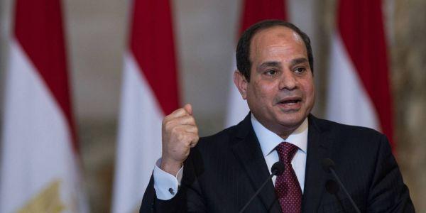 الرئيس المصري غدًا تبدأ حملة التطعيمات من #كورونا في مصر