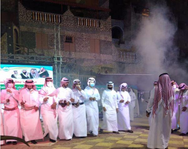 فيديو -جمهور #مهرجان_المجاردة يتفاعل مع أمسية #مركز_ثربان