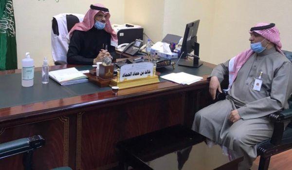 مدير عام فرع وزارة الموارد البشرية بالمنطقة يقوم بجولة لفروع الوزارة بـ #عرعر