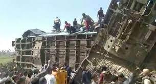 صحة مصر : تُعلن حصيلة ضحايا تصادم قطاري سوهاج