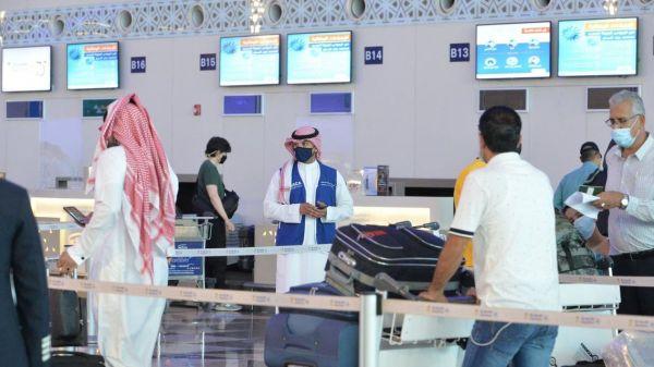 تفاصيل إلزام القادمين للسعودية بالإقرار عن المشتريات والهدايا فوق 3000 ريال