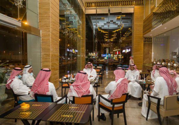 سمو أمير عسير يتفقد عددًا من الفنادق والمطاعم الحديثة بـ #أبها و #خميس_مشيط