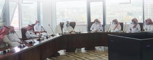 أمين عسير يلتقي خريجي الماجستير التنفيذي من أمانة المنطقة و بلدياتها .