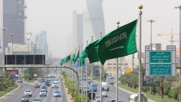 القطاع غير النفطي في السعودية يقفز لأعلى مستوى خلال 6 سنوات