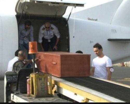 قوات التحالف : تعلن وصول جثمان الطيار المغربي الذي سقطت طائرته في مسرح العمليات إلى العاصمة الرباط