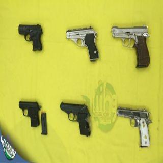 بالصور -مهمات #القصيم الخاصة تضبط أسلحةً وذخائر معدةً للبيع
