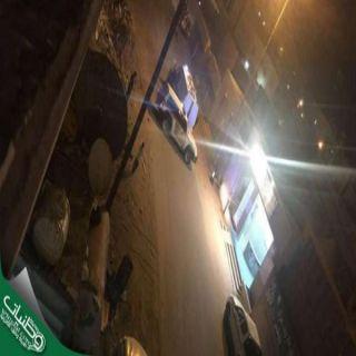 الجهات الأمنية بـ#جازان تُلاحق مركبة صورقائدهامدرسة بنات ولاذا بالفرار