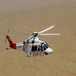 هلال #القصيم الفرق الأرضية والأسعاف الجوي يباشران حادث تصادم بطريق القصيم - المدينة