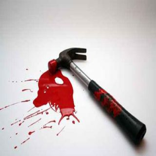 تحريات شرطة محافظة #بارق توقع بيمني قتل آخر بشاكوش