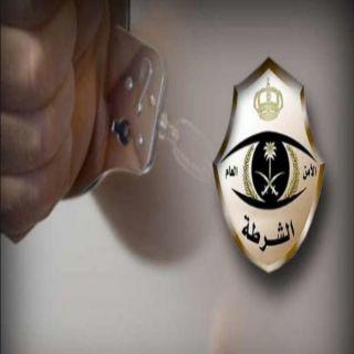 ضبط ثلاث اشخاص قاموا بعملية سطو مسلح على أحدى الصيدليات بـ #جدة