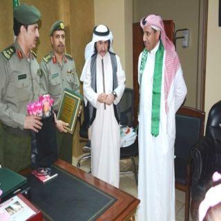وفد من الجمعية السعودية للتربية الخاصة يزور جوازات منطقة #مكة_المكرمة